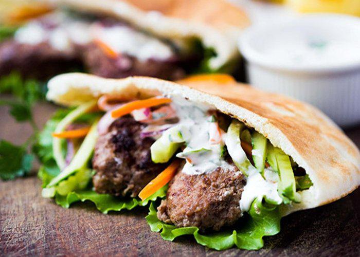 Shawarma De Cordero Con Salsa De Yogur Moralejo Selección