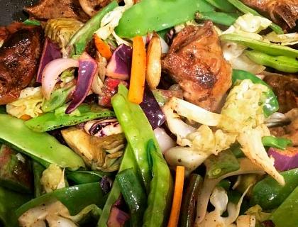 Wok de cordero con verduras